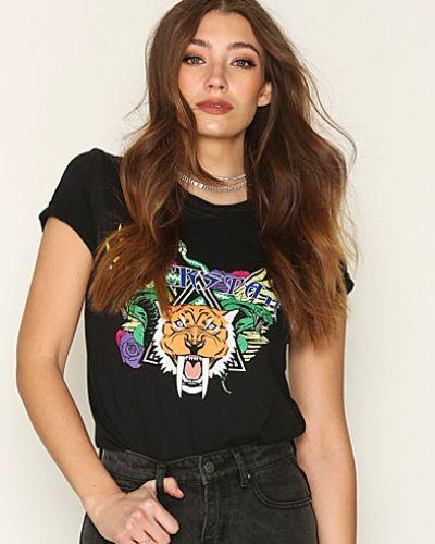 Flerfärgad t-shirts från NLY Trend till dam.