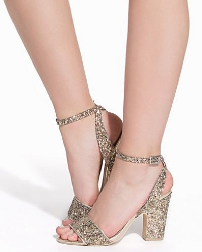 Högklackade Prom Block Heel Sandal från Nly Shoes