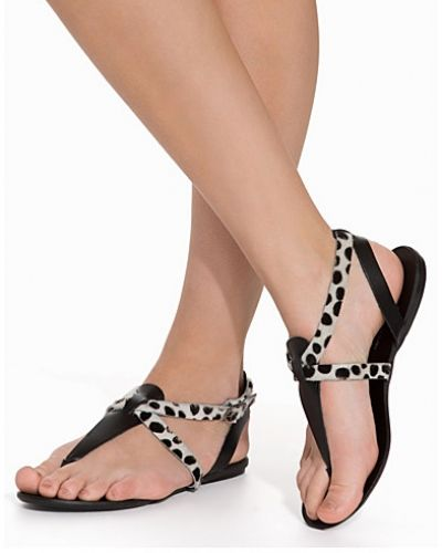 Sandal PSCATHIE LEATHER SANDAL LEOPARD BL från Pieces