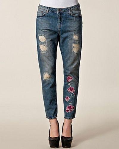 Boyfriend jeans från Odd Molly till dam.
