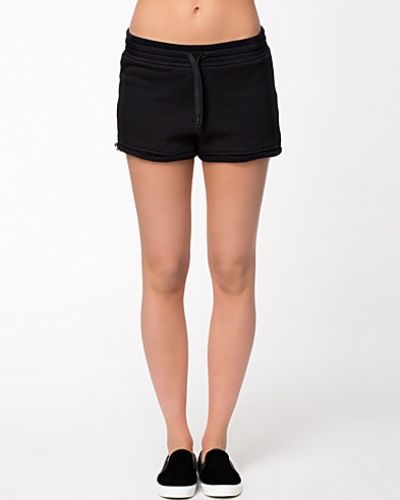 T By Alexander Wang shorts till dam.