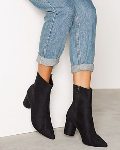 Nly Shoes Round Heel Pointy Boot