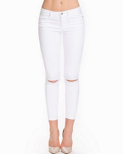 Vit slim fit jeans från ONLY till dam.