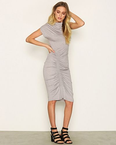 Midiklänning Ruched Bodycon Midi Dress från Topshop