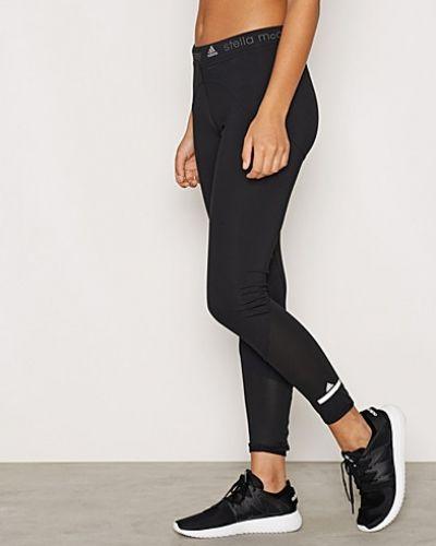 Till dam från Adidas by Stella McCartney, en svart träningstights.