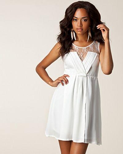 Sage Lace Dress Jeane Blush studentklänning till tjejer.