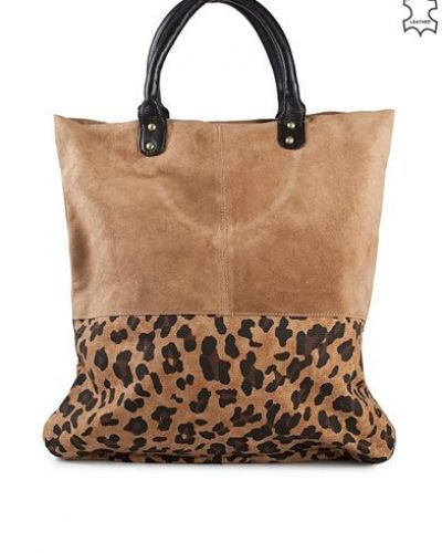 Selected Femme Sandie Print Shopper. Väskorna håller hög kvalitet.