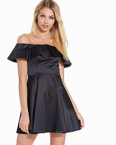 Festklänning Satin Frill Bardot Top från Topshop