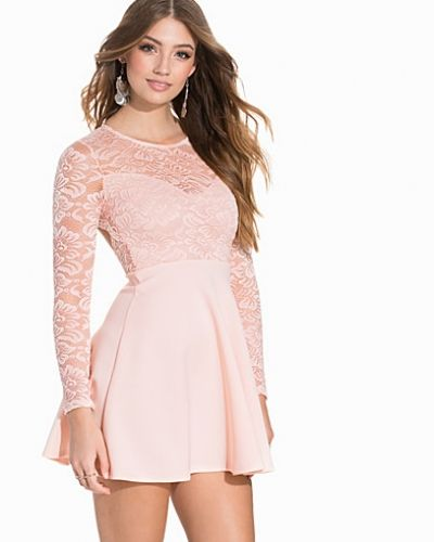 NLY One Scallop Back Lace Skater