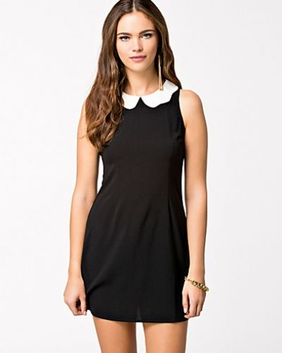 Glamorous Scalloped Peter pan Shift Dress