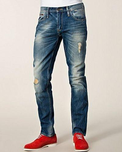 snygga jeans till killar