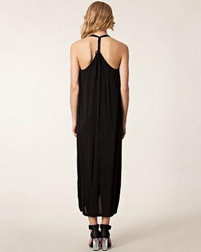 Maxiklänning Scarlett Dress från JUST FEMALE