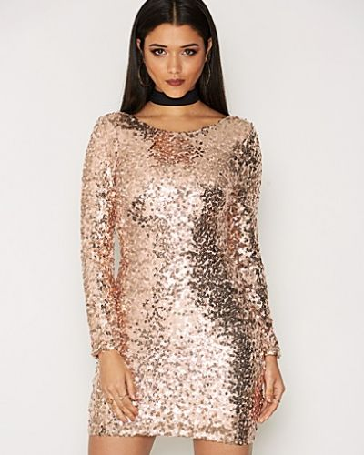 Festklänning Scoop Back Sequin Dress från NLY One