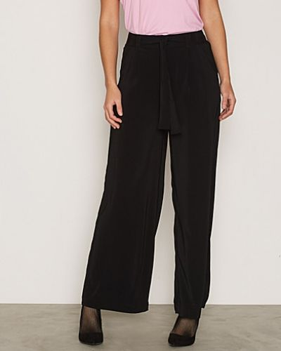 Byxa Self Tie Wide Leg Trousers från New Look