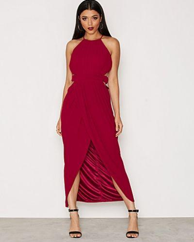 Till dam från TFNC, en röd festklänning.