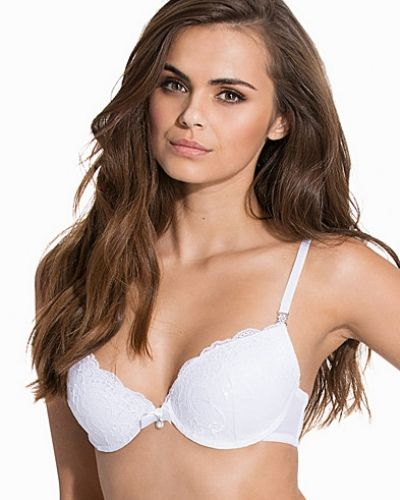 Push up-bh Sexy Push-Up Lace Bra från NLY Lingerie
