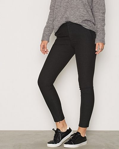 Byxa SFMUSE CROPPED MW PANT DGM från Selected Femme