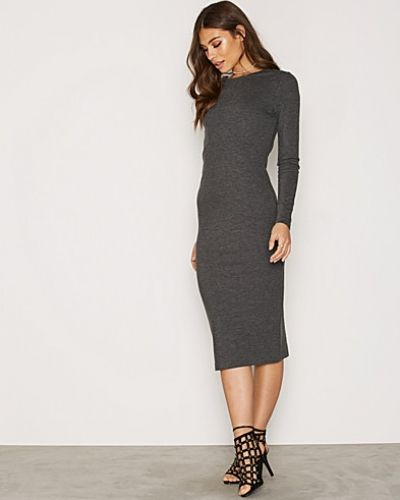 Klänning SFSASHA LS DRESS från Selected Femme