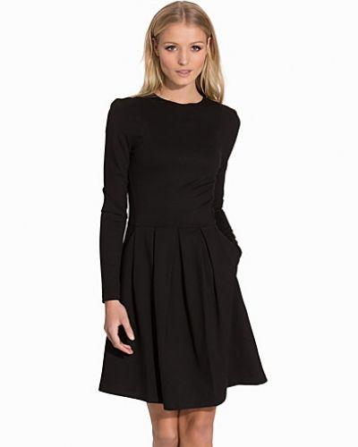 SFWIKI LS DRESS Selected Femme långärmad klänning till dam.