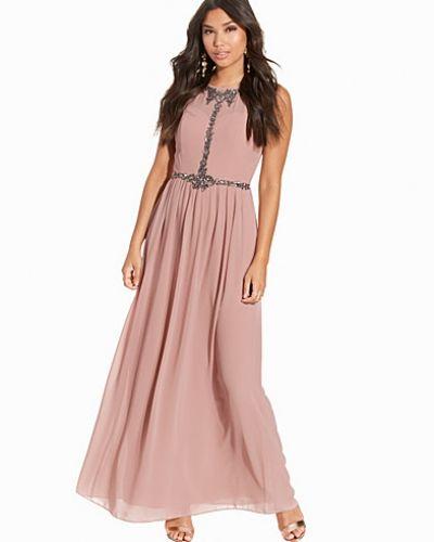 Till dam från Little Mistress, en rosa maxiklänning.
