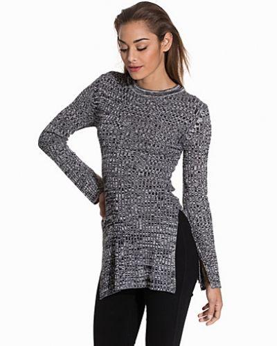 Side Split Knit NLY Trend stickade tröja till dam.