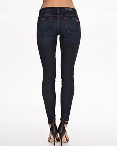 Till dam från MICHAEL Michael Kors, en slim fit jeans.