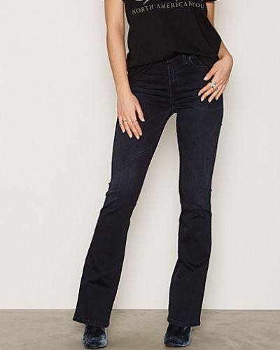 Skinzee-Flare 0679M Diesel bootcut jeans till dam.