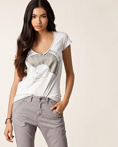 Till dam från Hunkydory, en silver t-shirts.