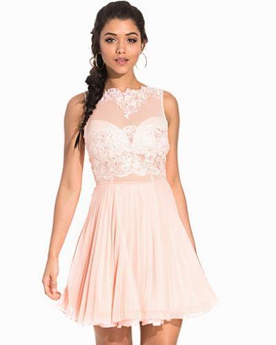 Sleeveless Lace Skater Dress Ax Paris ärmlösa klänning till dam.