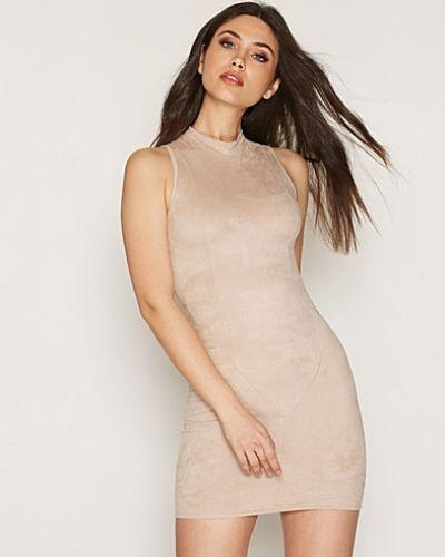 Sleeveless Suede Dress NLY Trend ärmlösa klänning till dam.