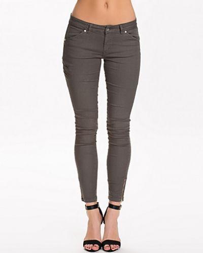 d. Brand Slim Fit Cargo Pants