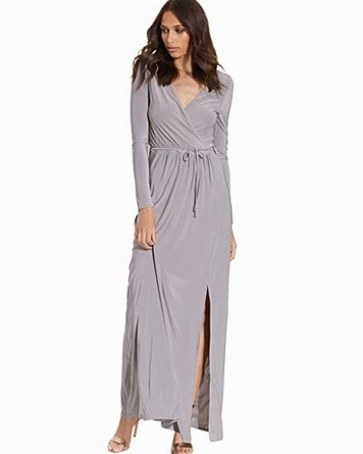 82511ea458ee Club L Essentials - Slinky Wrap Over Maxi Dress. Långärmad klänning ...