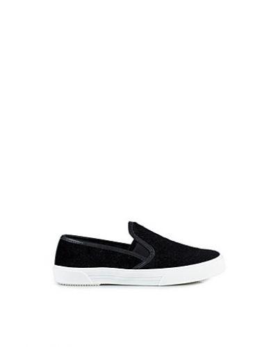 Nly Shoes till Dam bl.a. Pumps, Kängor, Vardagsskor sida 10