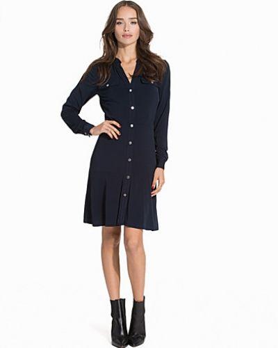 Långärmad klänning Solid LS Snap Dress från MICHAEL Michael Kors