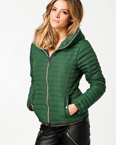 Till dam från Duvetica, en grön övriga jacka.
