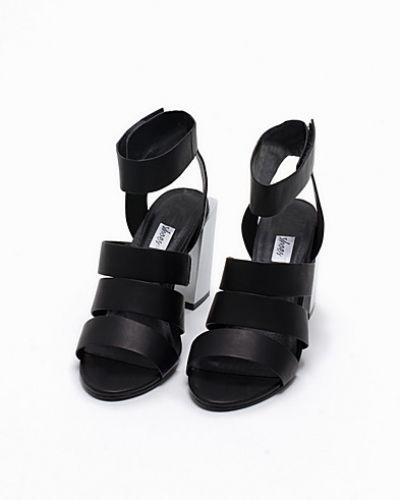 Högklackade Square Heel Sandal från Nly Shoes