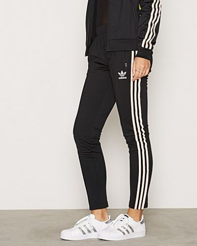 Adidas Originals shorts till dam.