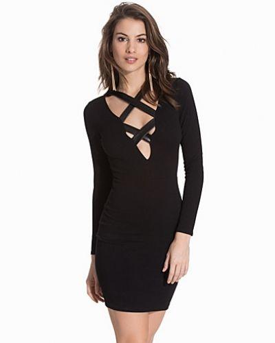 NLY One långärmad klänning till dam.