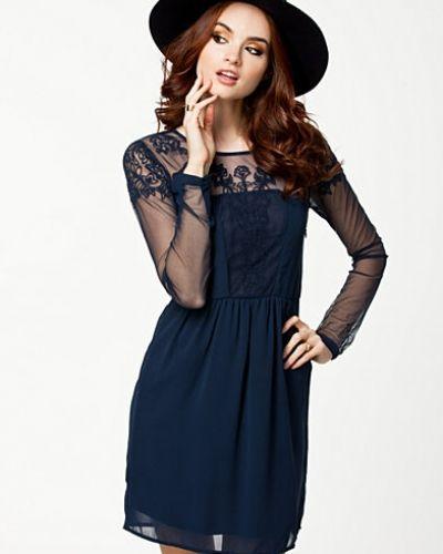 Långärmad klänning Stray Dress från VILA