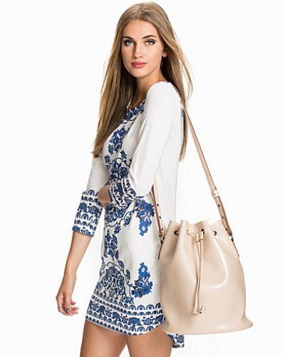 Summer Dress NLY Trend fodralklänning till dam.