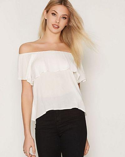 Till dam från NLY Trend, en vit linnen.