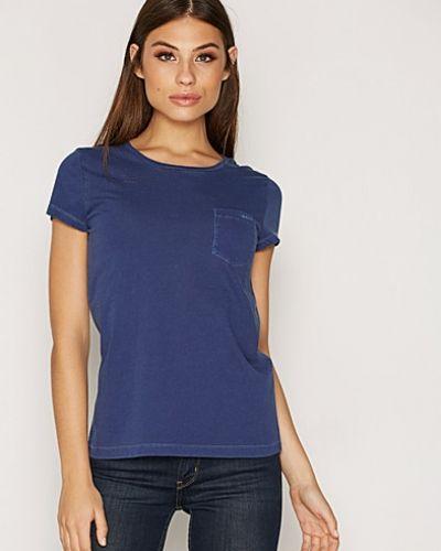 Till dam från Gant, en blå t-shirts.