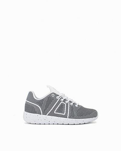 Super Yarnknit ASFVLT sneakers till dam.
