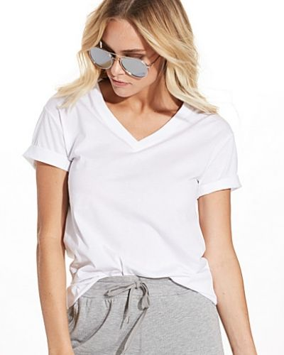 Till dam från T By Alexander Wang, en vit t-shirts.