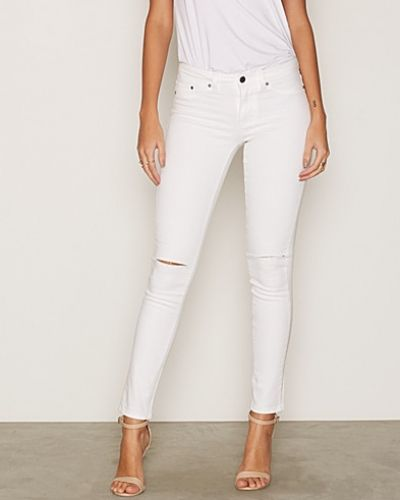 Slim fit jeans Superstretch Cut Denim från NLY Trend