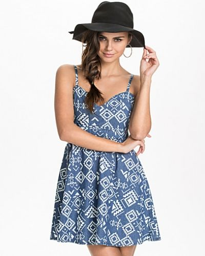 NLY Trend The Etno Denim Dress