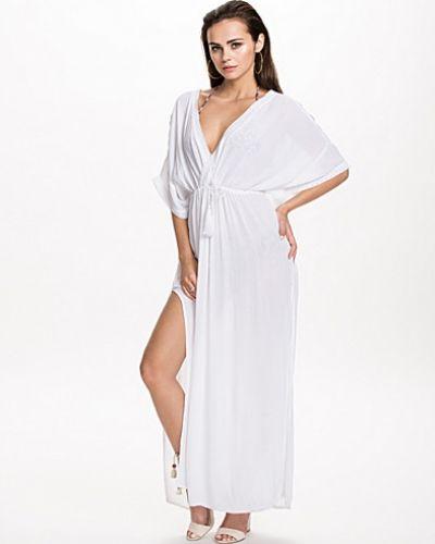 Studentklänning The Kaftan Dress från NLY Trend