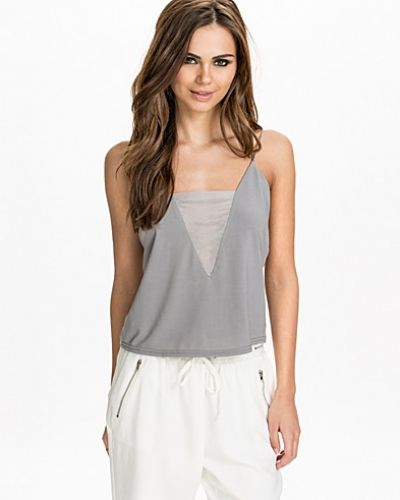 NLY Trend The V-Neck Top