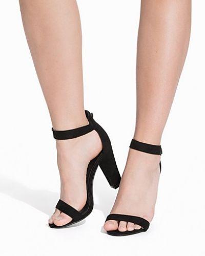 Högklackade Thin Block Heel Sandal från Nly Shoes