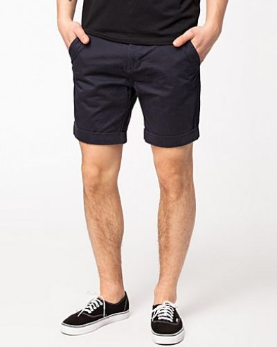 Till herr från Selected Homme, en blå shorts.